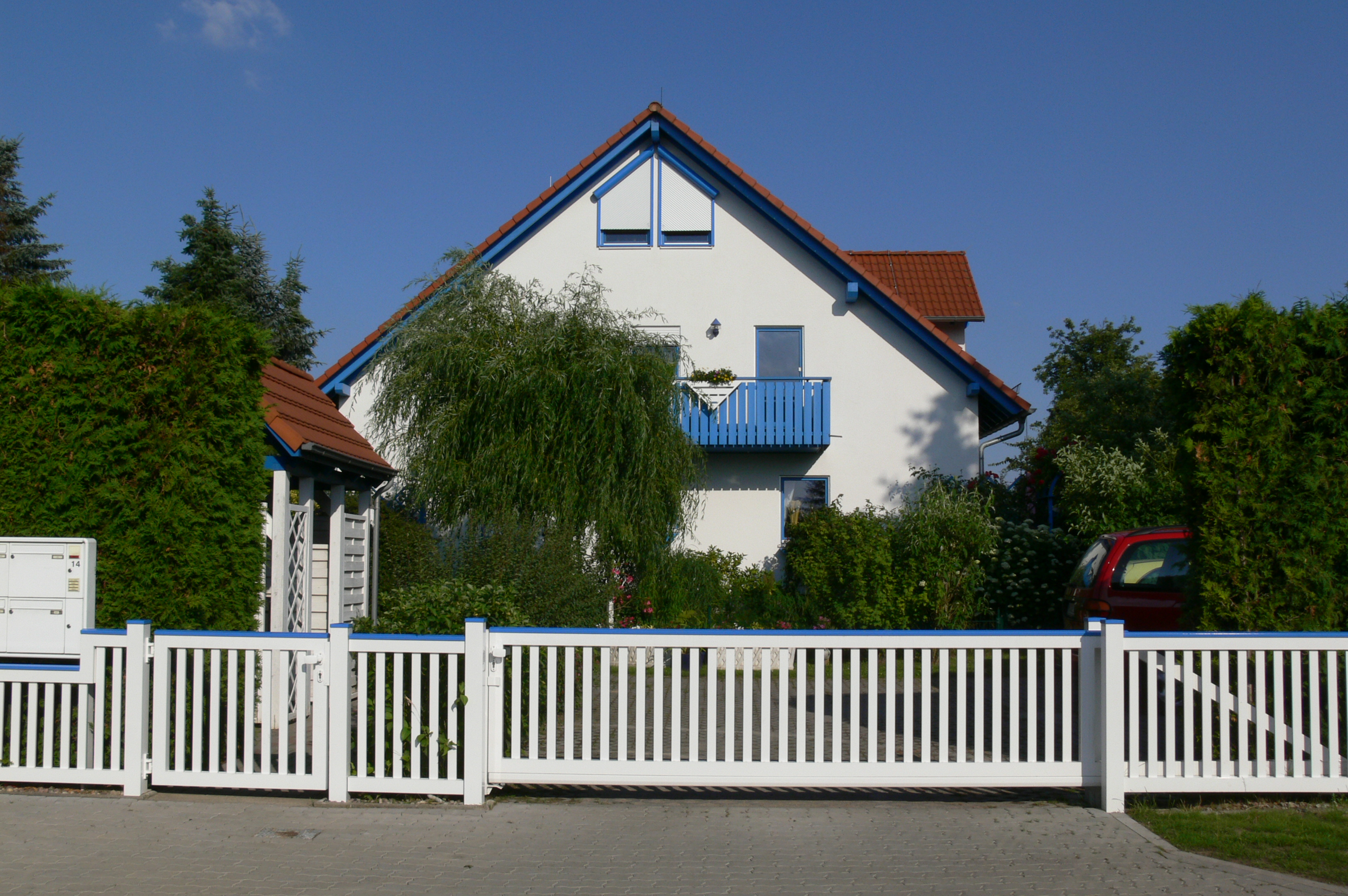 Blick auf das Wohnhaus in Neu-Lindenberg