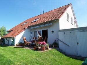 Doppelhaushälfte in Panketal, Kastanienweg 11