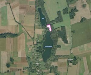 Grundstücke nahe See in Parlino, Westpommern, Polen