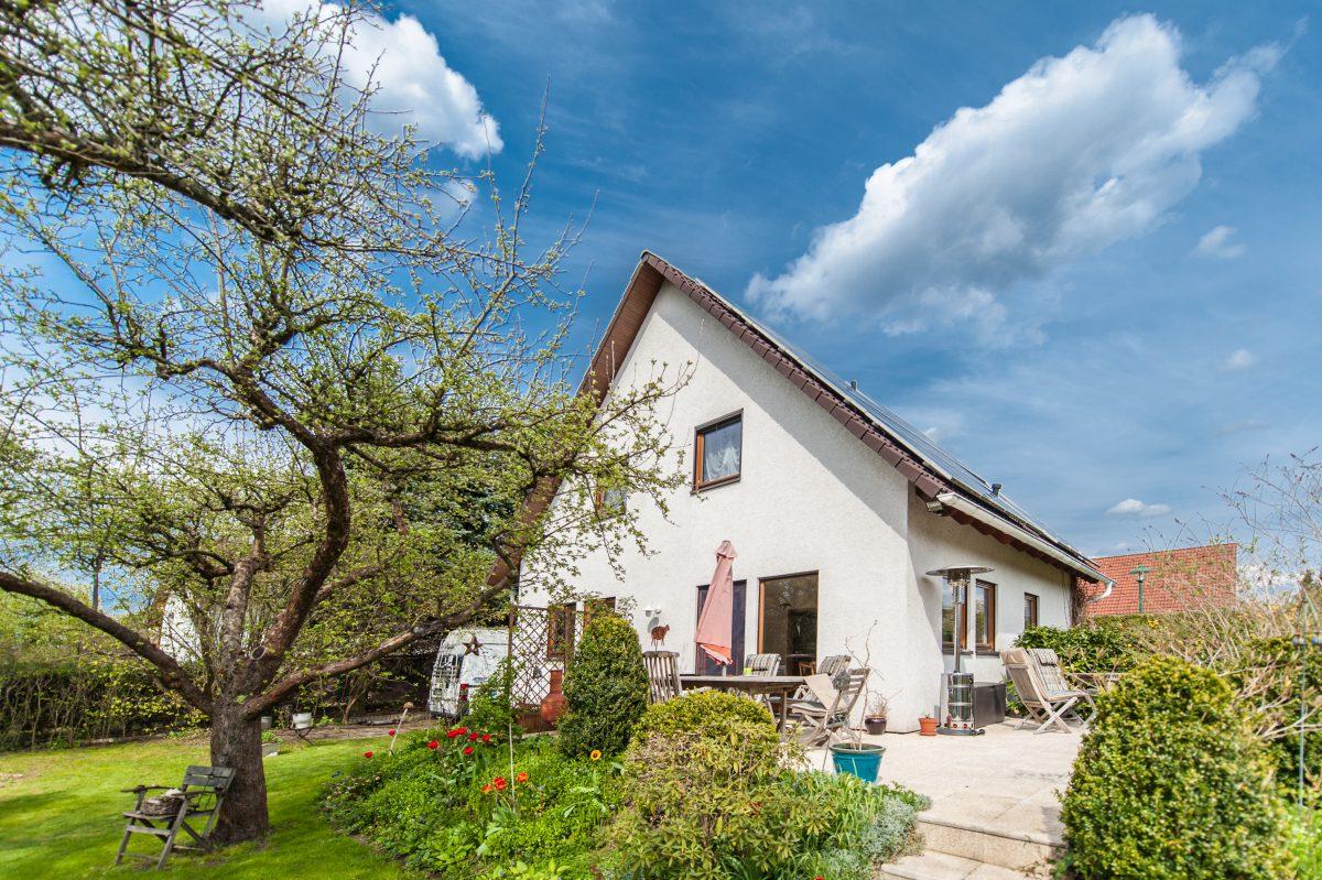 Einfamilienhaus mit weiterem Bungalow in Bernau OT Schönow zu verkaufen